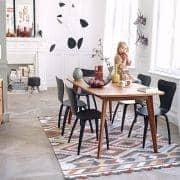 Table KENSAY en chêne, inspiration nordique de grande qualité.