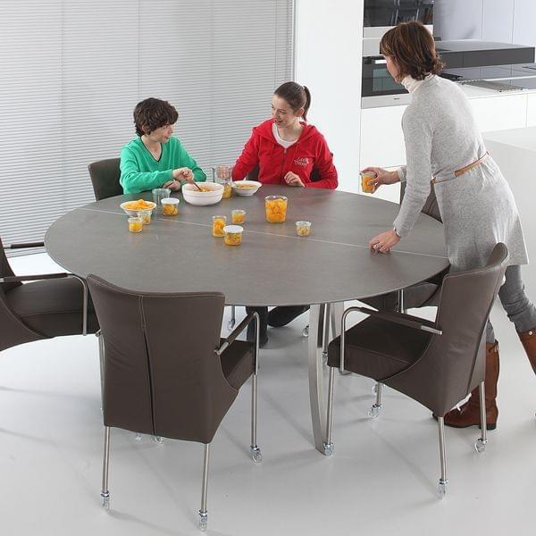 luna-rundt-spisebord-bakke-i-keramik-ben-bojet-rustfrit-stal-til-indendors-eller-udendors-brug-deco-og-design-joli.jpg