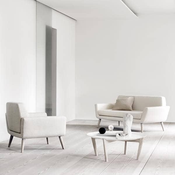 SCOPE 、小さなスペースのために設計され、コンパクトで快適なソファ、 -デコとデザイン、 SOFTLINE