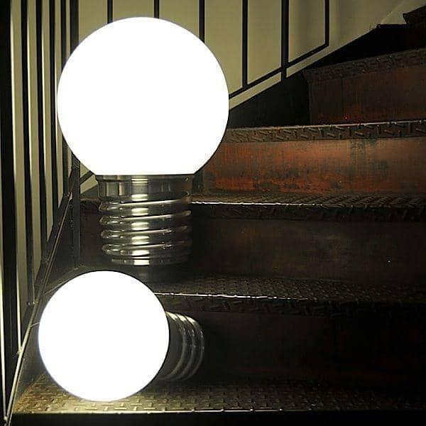 BASIC, λαμπτήρας δαπέδου ή επιτραπέζιο φωτιστικό, υποδοχή σε γυαλισμένο αλουμίνιο, σφαίρα πολυαιθυλενίου