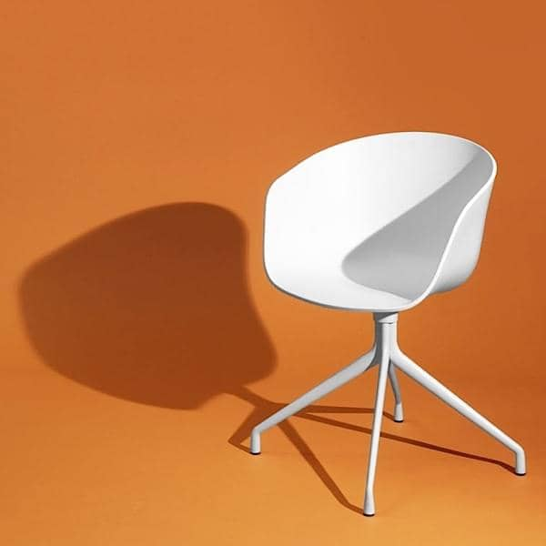 ABOUT A CHAIR - ref. AAC20 - Polypropylene shell, optional fixed cushion, aluminium legs