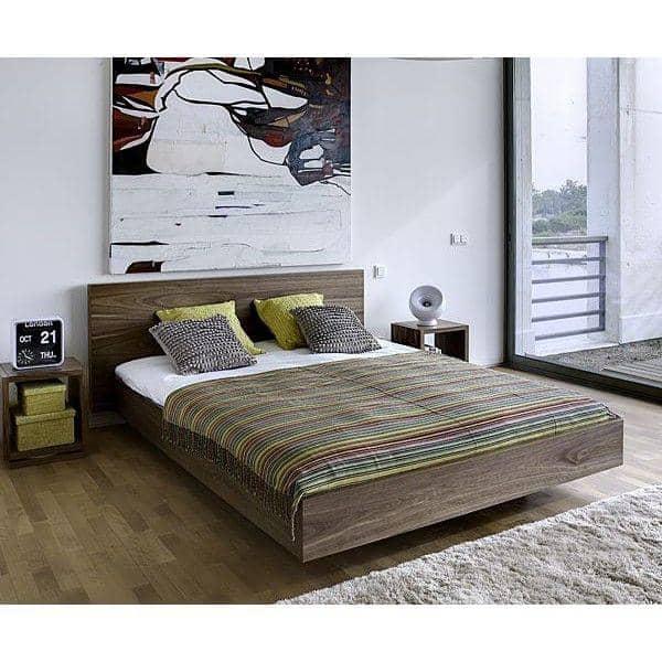 Float en seng 153 x 200 cm 160 x 200 cm eller 180 x 200 cm fas i smukke forskellige finish med eller uden hovedgaerde deco og de.jpg