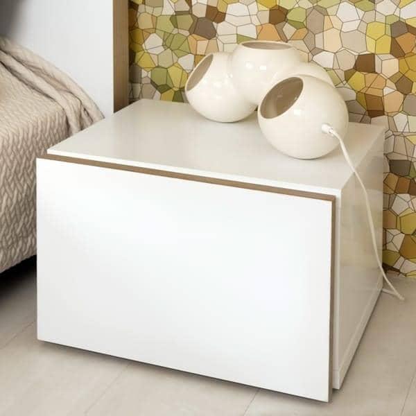 FLOAT, mesa de cabeceira, com 1 gaveta: pequeno no tamanho, este mobiliário vai caber o mesmo nos menores apartamentos.