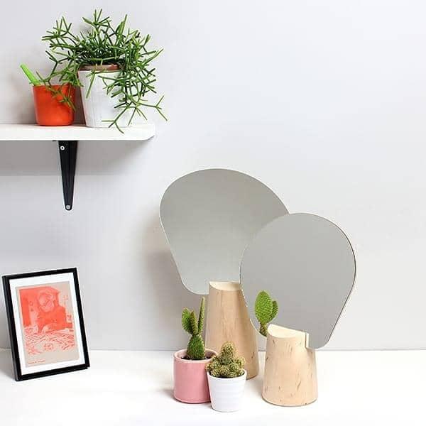 PING PONG, stående speil, solid bøk, lime kryssfiner og glass, økodesign