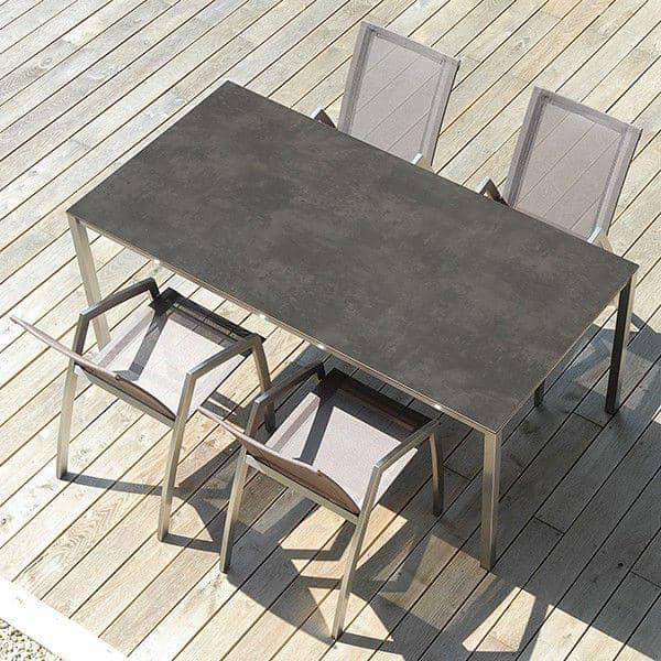 PURO طاولات الطعام أو طاولة القهوة، الإصدار السيراميك، من خلال TODUS ، خيار كبير من أبعاد وخطوط قوية ونظيفة: مثالية للاستخدام على الشرفة أو في غ