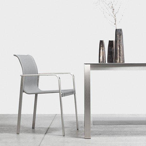 Innendørs og utendørs PURO lenestol, rustfritt stål og BATYLINE, laget i Europa av Todus