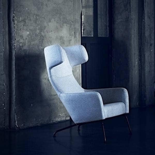 Den HAVANA lænestol, fødder i stål, legendarisk og dynamisk komfort. En meget bred vifte af stoffer og farver. Af Softline.