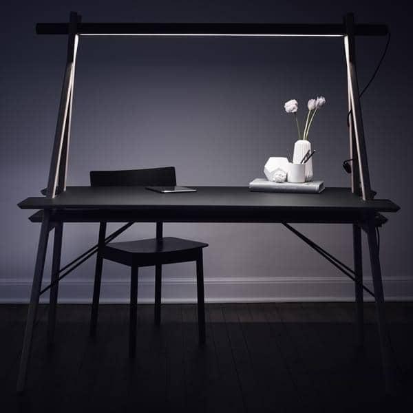 AA DESK : مساحة عمل تهدف إلى تبسيط حياتك. وإلى جانب ذلك، انها جميلة! WOUD.