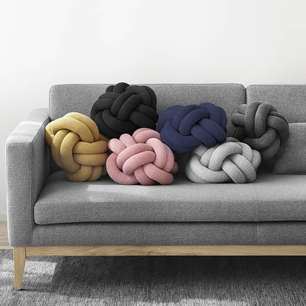 Il KNOT cuscini, la morbidezza e l'originalità. DESIGN HOUSE STOCKHOLM