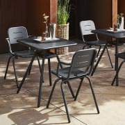 RAY utendørs CAF É bord, rund eller kvadrat, av FASTING & ROLFF for WOUD