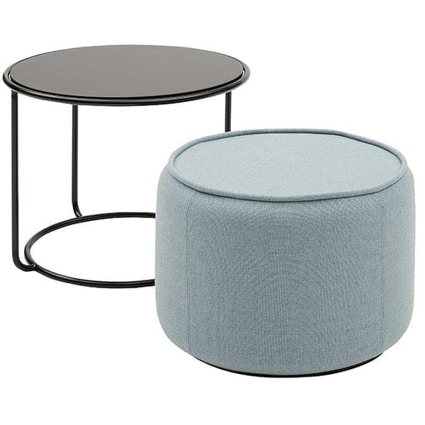 Tom Une Table D Appoint Et Un Pouf Qui S Assemblent Pour Ne Former Qu Un
