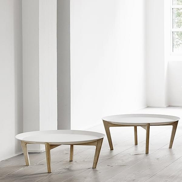 TRAY, a coffee table with an architectural design
