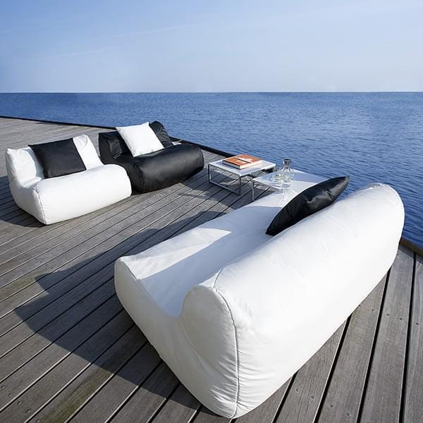 FLUID, lænestol og sofa til komposition, en ubestridelig komfort.