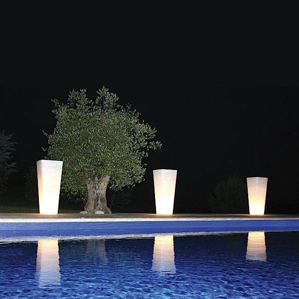 Vase lumineux all so quiet int rieur et ext rieur une for Exterieur ambiance