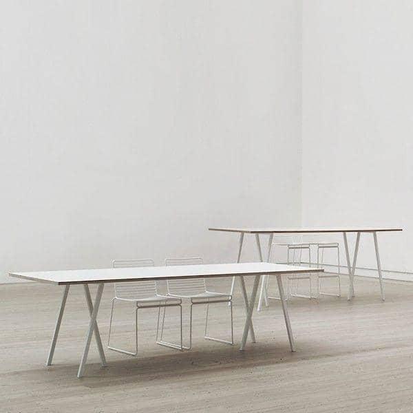 Den LOOP spisebord ved HAY er smuk, let at leve og billigt - deco og design