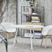 Den runde LOOP spisebord, eller høyt bord, er vakker, lett å leve og rimelig - deco og design