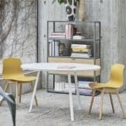 A rodada LOOP mesa de jantar, ou alta de mesa, é bonito, fácil de viver e de preço acessível - deco e design