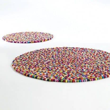 سجادات ملونه Colored carpets 2012