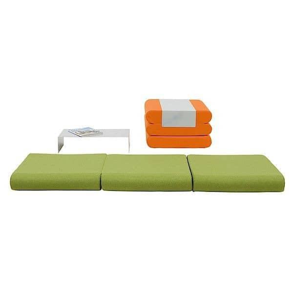 bingo un pouf un lit d 39 appoint et une table d 39 appoint multi services et malin d co et design. Black Bedroom Furniture Sets. Home Design Ideas