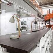 HEAVY DESK LIGHT - hånd-cast betong: ren, deco og design, DECODE