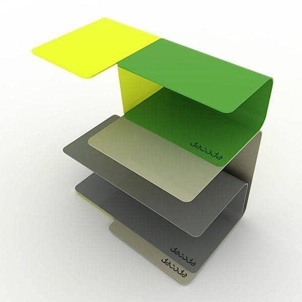 Prateleiras C são boas peças em forma de C de aço. Combiná-los e organizar a sua própria criação - deco e design