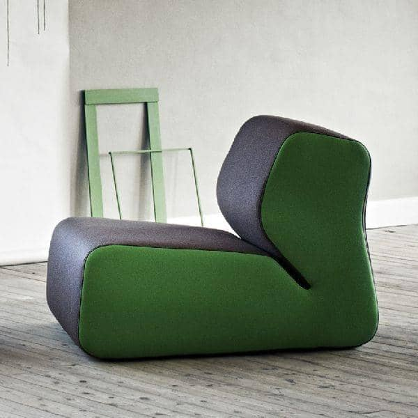 HUGO :一个庄严的扶手椅,舒适,非常时尚, SOFTLINE -装修及设计