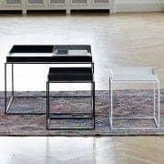 TRAY mesa, feno, muito útil e design - tamanhos e cores disponíveis diferentes