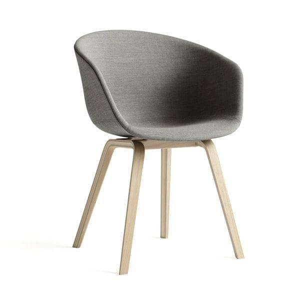 ABOUT A CHAIR -. ref AAC23 e AAC43 - seduta imbottita, gambe in legno, 2 altezze per la seduta, HEE WELLING, HAY