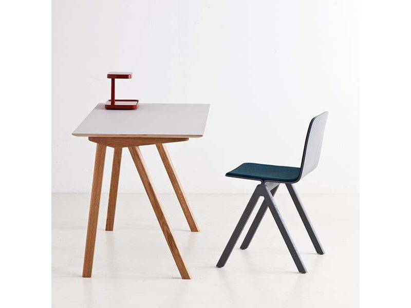 le bureau en bois design sign ronan erwan bouroullec. Black Bedroom Furniture Sets. Home Design Ideas