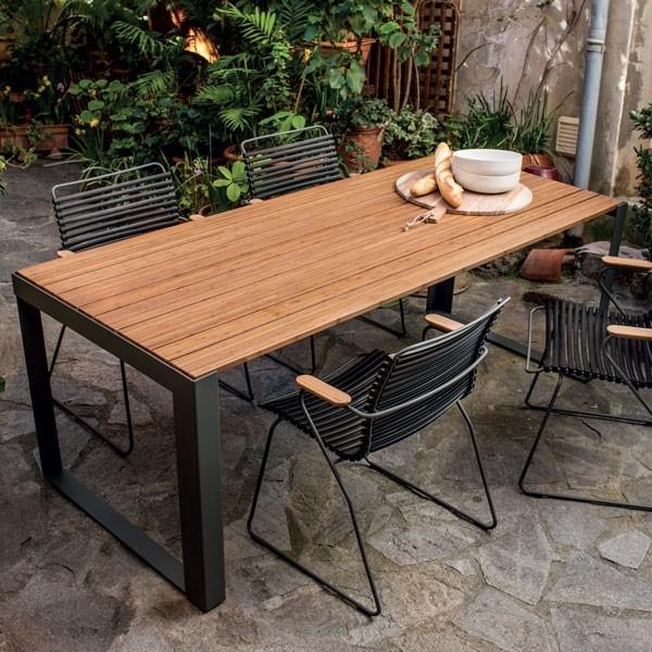 table sparewood bambou et acier laqu epoxy gris outdoor par houe my deco shop le blog. Black Bedroom Furniture Sets. Home Design Ideas