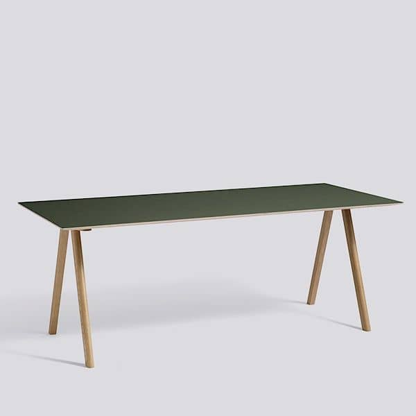 The COPENHAGUE CPH10 dining table, made in solid wood and plywood. HAY