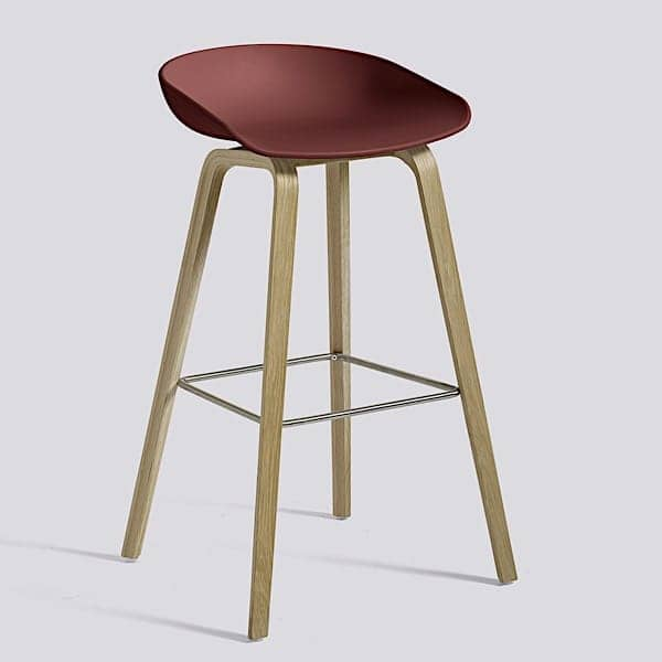 ABOUT A STOOL, stool da bar di HAY - rif. AAS32 - Base in legno, scocca in polipropilene - HEE WELLING e HAY