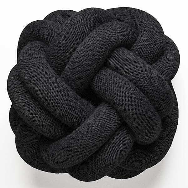 The KNOT cushions, softness and originality