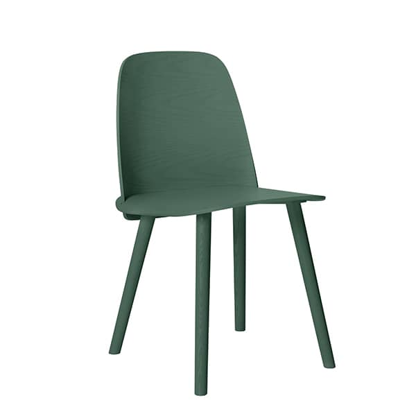 The NERD chair, where the backrest and the seat are assembled in an invisible way. Muuto