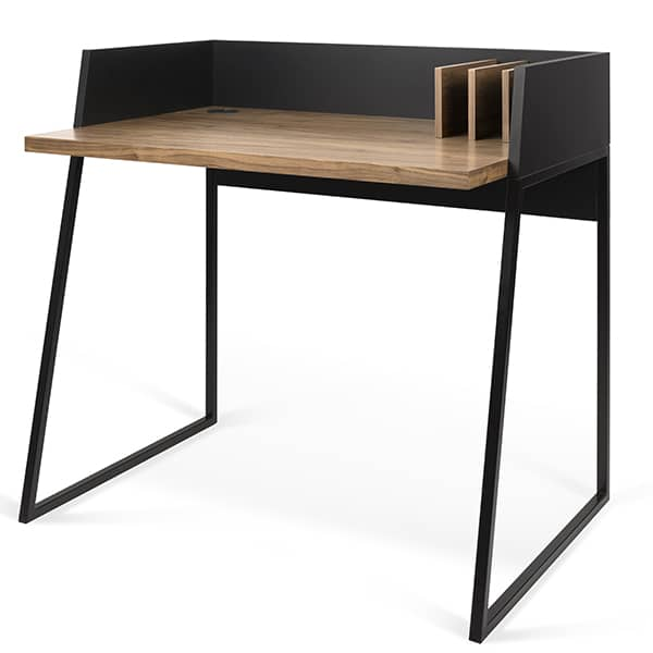 The VOLGA desk: compact and designed to be practical and universal.
