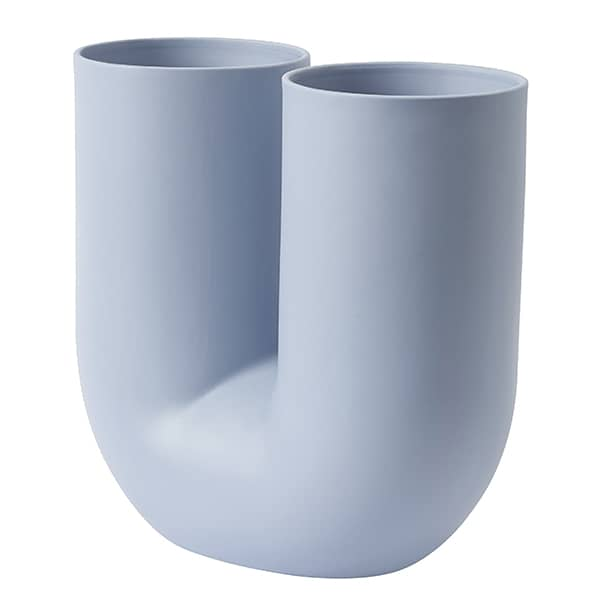 KINK vase, in pigmented porcelain, by MUUTO
