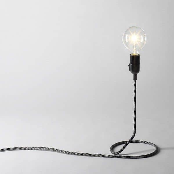 CORD LAMP table lamp transforms the electric wire into foot of standard lamp