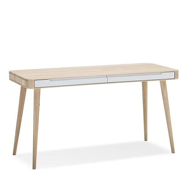 ENA, functional and sophisticated desk, by GAZZDA