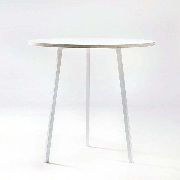 The LOOP Stand Round dining table is beautiful, easy to live and affordable, HAY