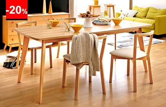 Table compacte en chêne, 130 cm, adaptée aux petits espaces